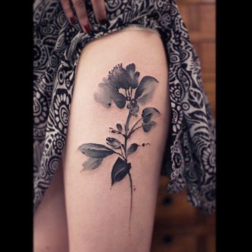 50 best thigh tattoos designs and ideas thigh tattoos mightylinksfo