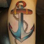 bleu-bras-ancre-tatouage.jpg