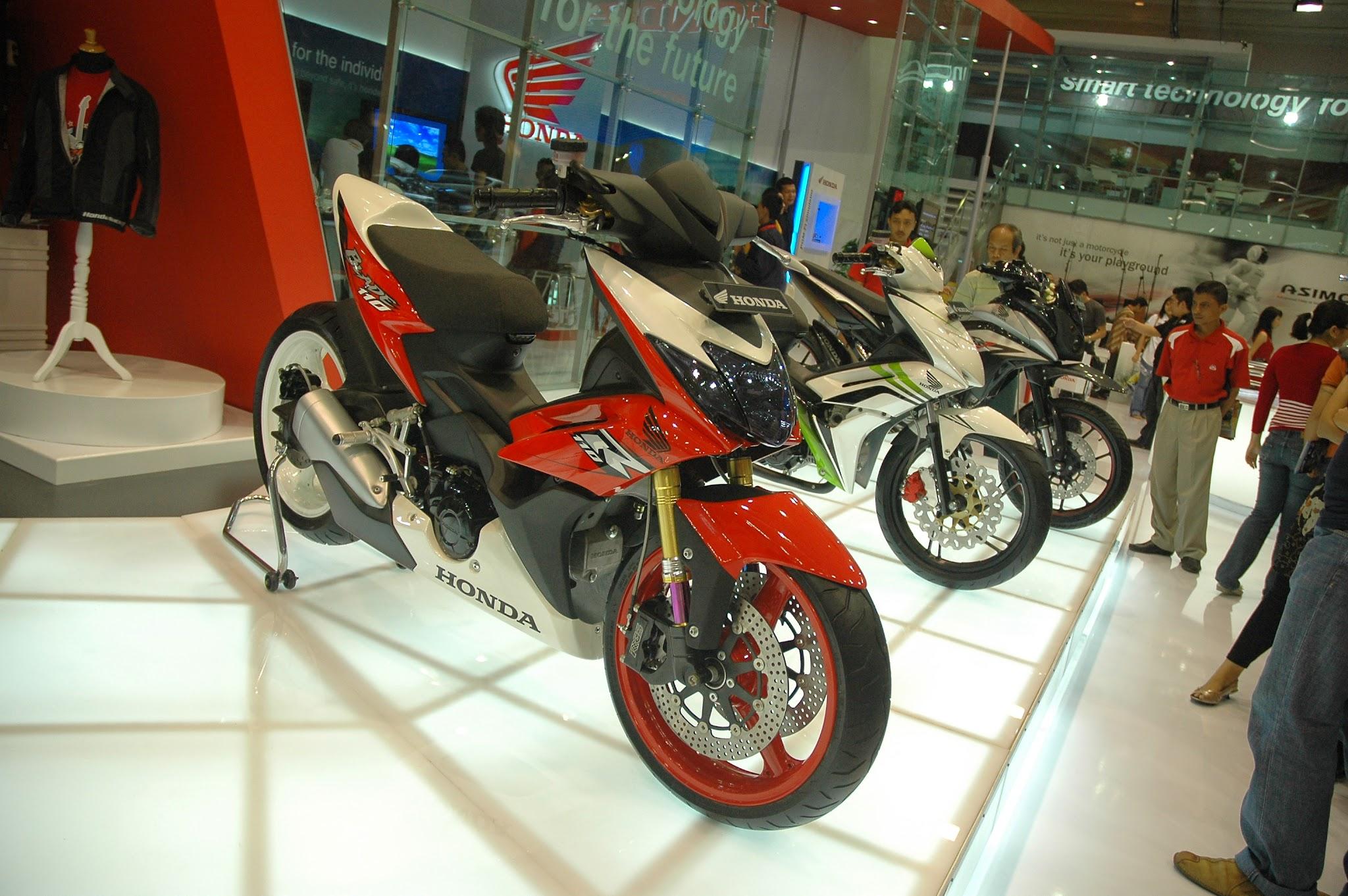 Koleksi Foto Modifikasi Motor New Honda Blade Terlengkap Modispik