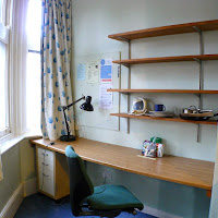 Room L-Desk