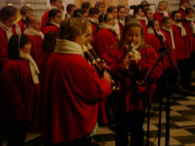 11.12.2012 Galakoncert v rámci 10. ročníku festivalu dětských pěveckých sborů - DSC06928.JPG
