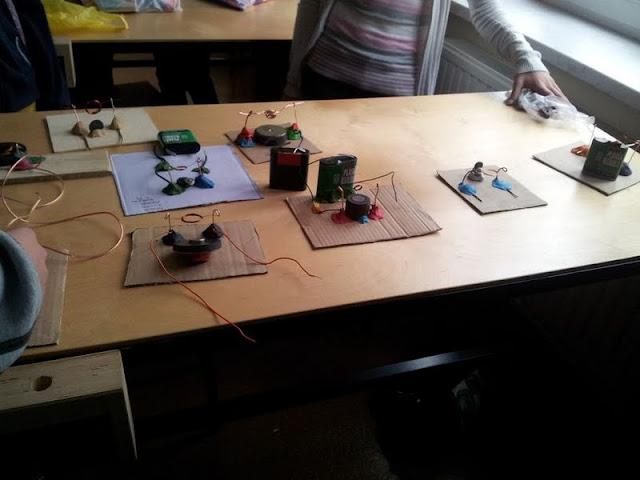 Technika Budujemy silnik elektryczny - 20121108_131026_1.jpg