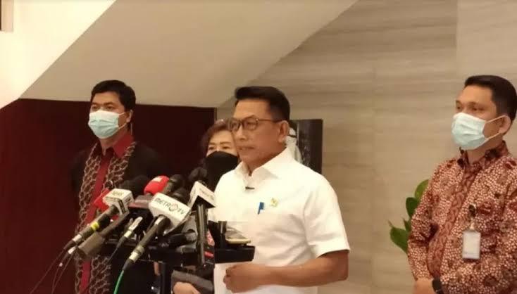 Menerka Maksud Moeldoko Pamer 'Diperintah Jokowi' soal TMII