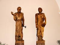 31 Péter és Pál szobra.JPG