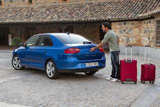2014-Seat-Toledo-Sedan-4
