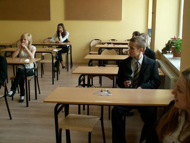Pierwszy egzamin gimnazjalny w ZS nr 2 w Dukli 2011 - PICT1340_1.JPG