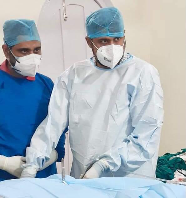 जिले में दूरबीन विधि द्वारा घुटने का हुआ सफल ऑपरेशन:डा.इरफान खान