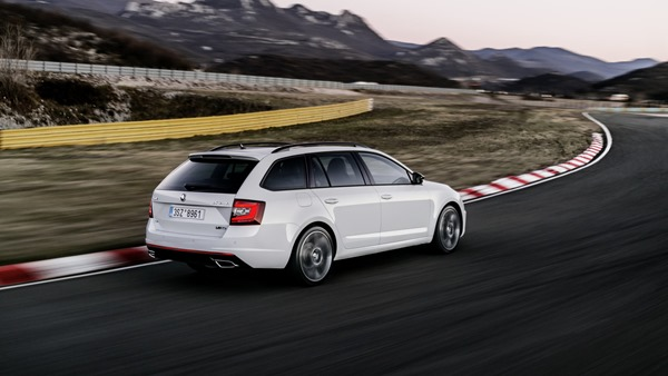 2017-skoda-octavia-rs-facelift (3)