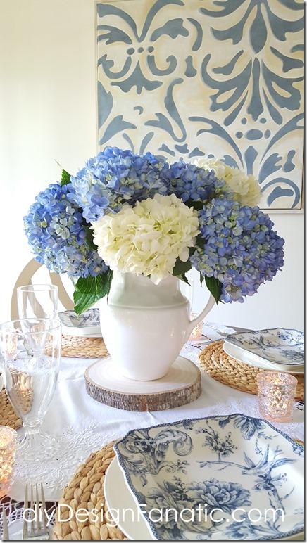 blue and white tablescape, hydrangeas, breakfast room, diyDesignFanatic.com