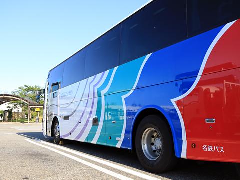 名鉄バス「名古屋~新潟線」 2607 側面