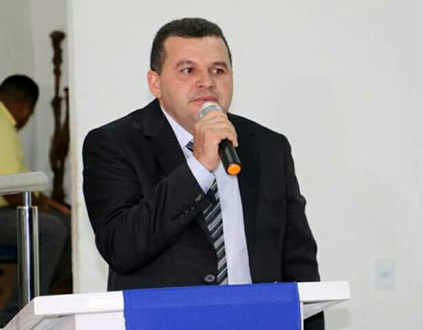 Resultado de imagem para prefeito vagtonio