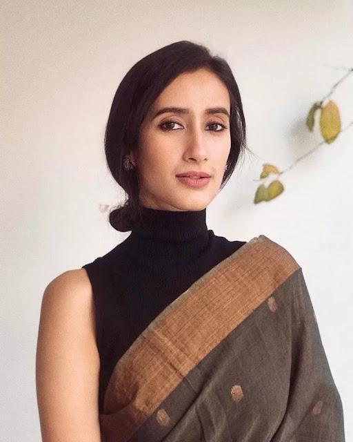 Namita Dubey wiki, Age, Height, Boyfriend, Husband, Family, Bio