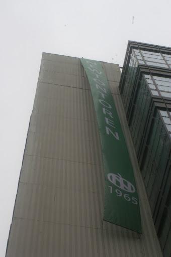 Newton banner 2010