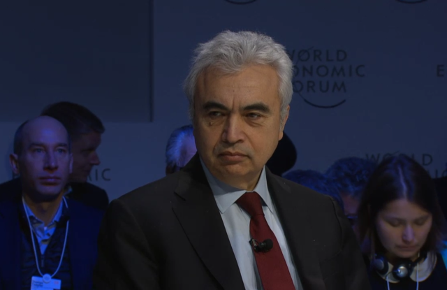 Economist Fatih Birol speaks on a panel at the World Economic Forum in Davos, 22 January 2019. Photo: WEF