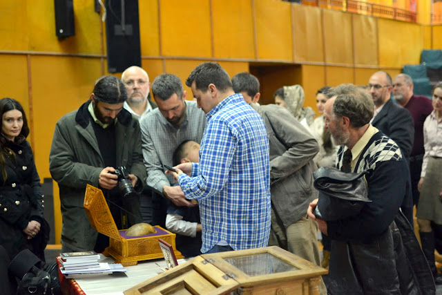 092 Avva Justin Parvu si Sfintii inchisorilor (Teatrul Luceafarul, Iasi, 2014.03.19)