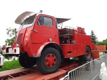 2018.06.16-015 camion de pompiers Berliet