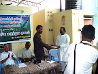 Shri.ANMR Ganesh Babu receiving the momento from AKN.Perumal :: Date: May 14, 2007, 11:11 AMNumber of Comments on Photo:0View Photo