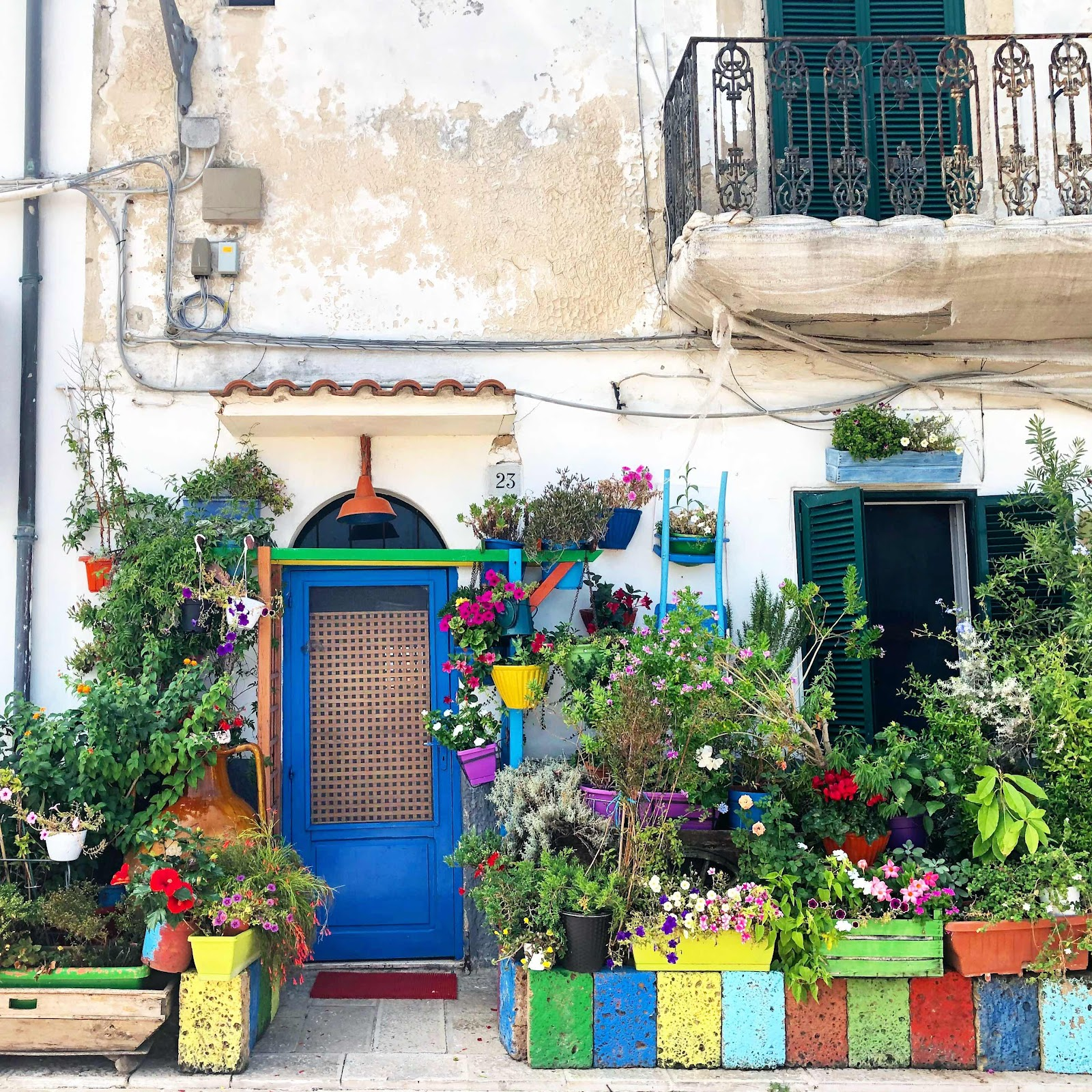 travel-blog-pretty-houses-in-bari-italy