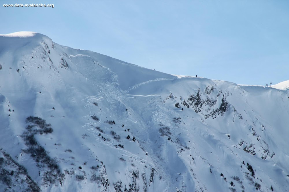 Avalanche Maurienne, secteur Pointe de Corbier, Plan de l'Oullaz - Secteur hors-piste station du Corbier sous le téléski du Niéblais - Photo 1