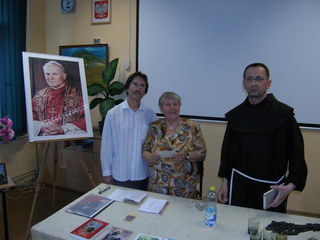 Spotkanie z autorem książek o św. Janie z Dukli i św. Janie Pawle II – Jadwigą Nowak - P6120116.JPG