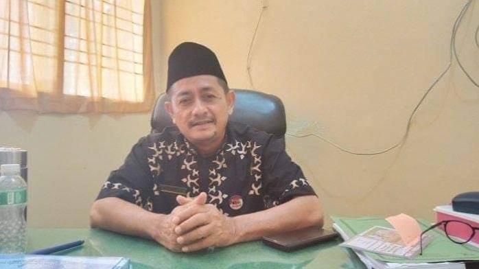 Foto Kepala Dinas Lingkungan Hidup Kota Padang, Mairizon. Sejak Pandemi, Jumlah Sampah Berkurang.