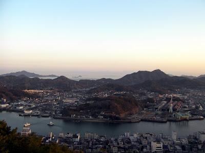 瀬戸内海まで一望できる、風光明媚な尾道・千光寺からの眺め