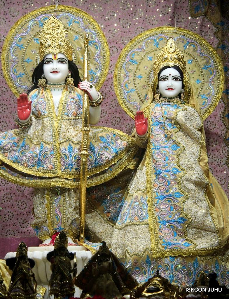 ISKCON Juhu Mangal Deity Darshan on 29th May 2016 (11)