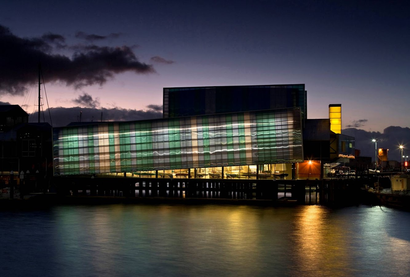 Auckland, Nuova Zelanda: Voyager Maritime Museum by Bossley Architects