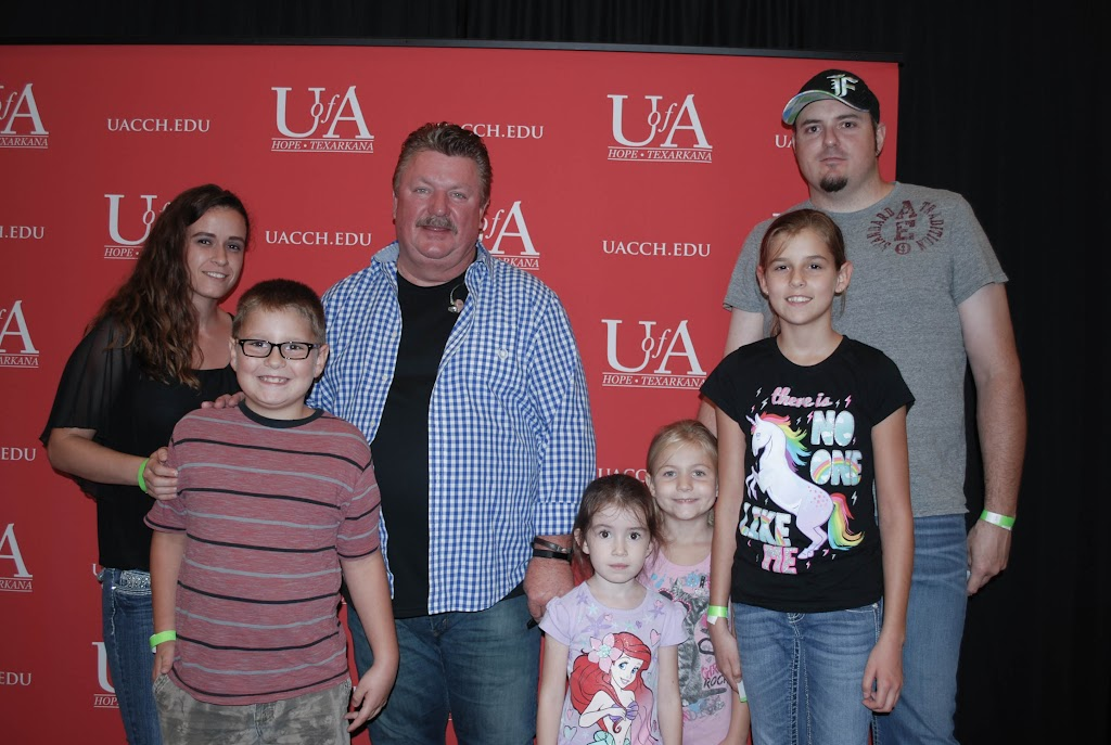 Joe Diffie Meet & Greet 8.12.17 - 20170812-meet%2B%2526%2Bgreet%2B17.jpg