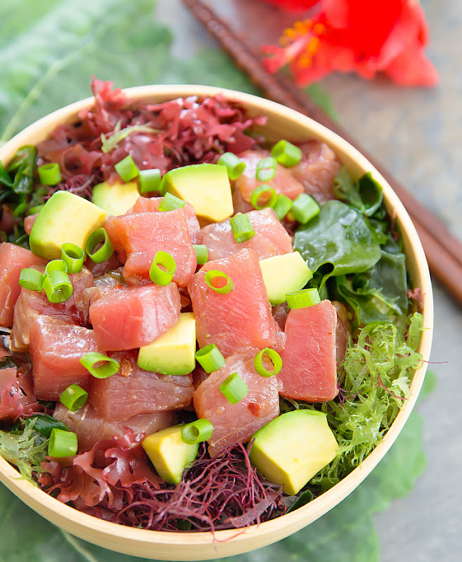 Poke Bowl garnished with scallions