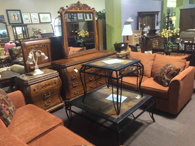 Superieur Posted By Design Furniture Consignment At 10:59 AM 3 Comments