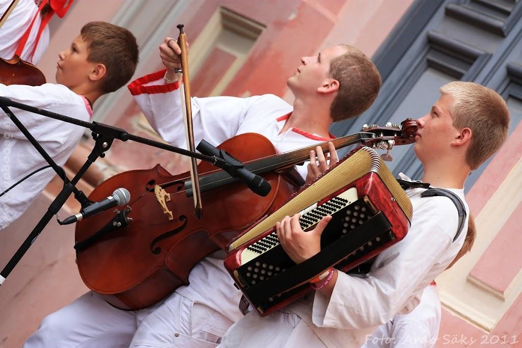 24.07.11 Tartu Hansalaat ja EUROPEADE 2011 rongkäik - AS24JUL11HL-EUROPEADE064S.jpg
