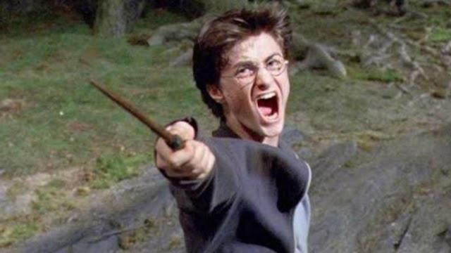 Daniel Radcliffe nega ter quebrado 100 varinhas durante as filmagens dos filmes de Harry Potter