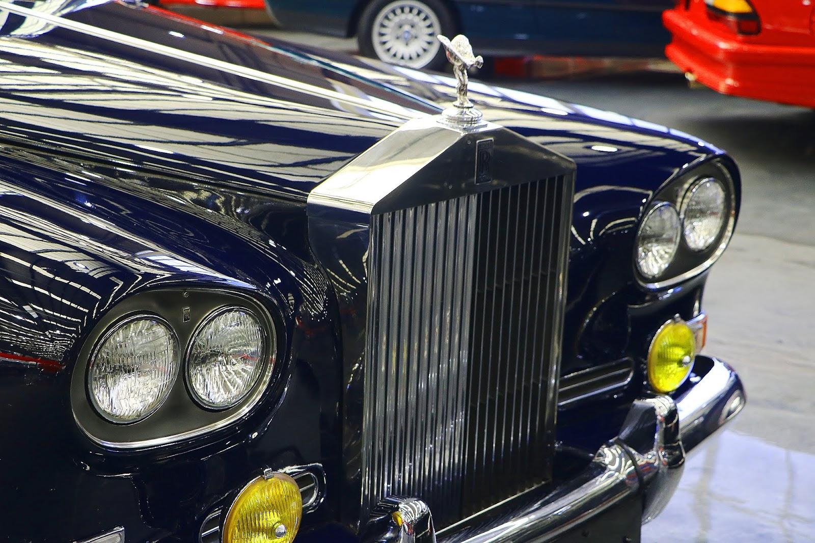 1965 Rolls Royce Silver Cloud III (14).jpg