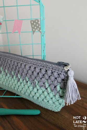 Not 2 late to craft: Estoig degradat amb punt cigró patró gratuït / Puff stitch ombré pouch free pattern