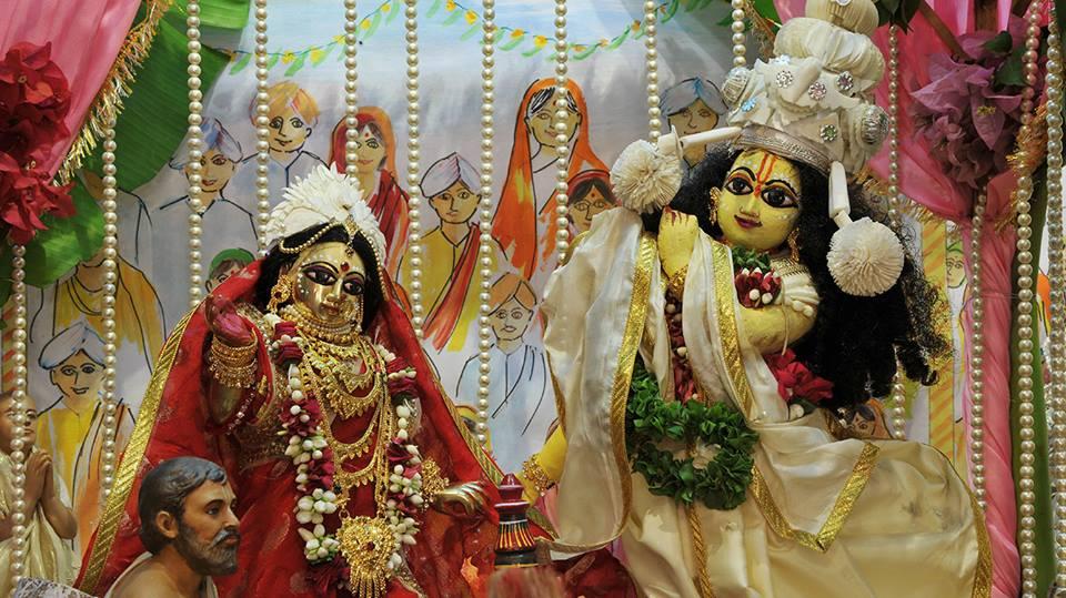 ISKCON Chowpatty Deity Darshan 11 May 2016 (10)