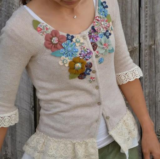Blusa personalizada com flores