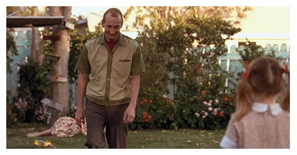 Daddy Fred Krueger approaches young Maggie to explain why mommy's in the garden.