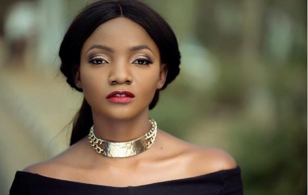 Don't be a coward, idiot bully hiding behind a keyboard in 2018- Simi