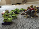 Constructicons face off Dinobots
