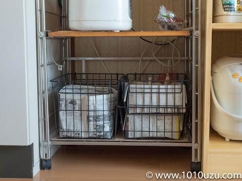 常備野菜置き場上の空間に棚板を追加する