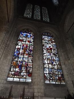 2018.01.07-042 vitraux dans la basilique