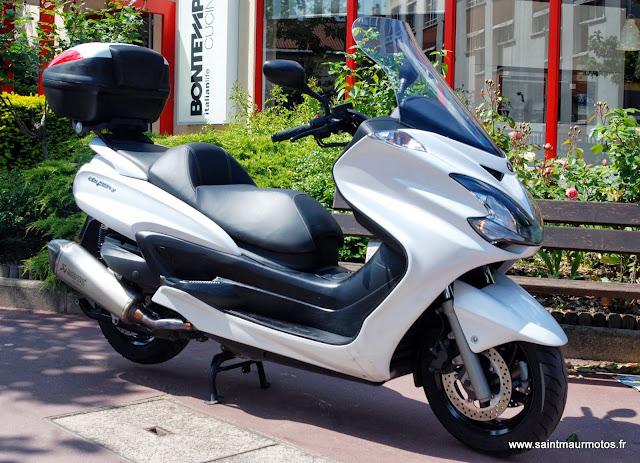 occasion yamaha majesty 400 blanc 2012 6400kms vendu saint maur motos. Black Bedroom Furniture Sets. Home Design Ideas