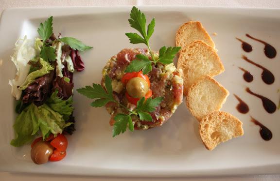 Tartar Restaurant Santa Anna.jpg