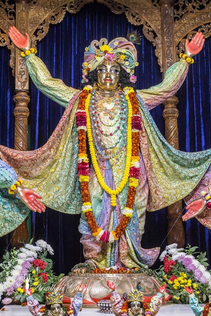 ISKCON Mayapur Deity Darshan 20 Jan 2017 (32)