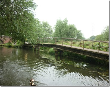 1 canal joins river soar