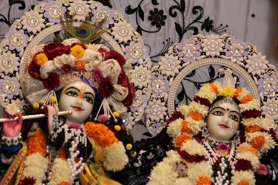 ISKCON Kanpur Deity Darshan 19 Dec 2015 (3)