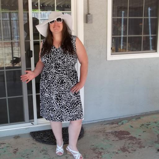 Heather Brewer Photo 33