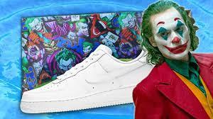 sepatu gambar joker