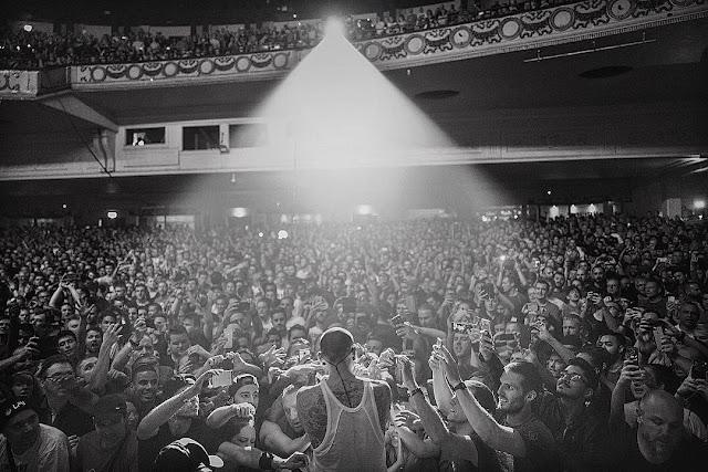 "Linkin Park Gelar Konser Beranggotakan 5 Orang Saja, Konser Tribute ""Mengenang Chester Bennington"""